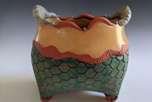 Scales vase